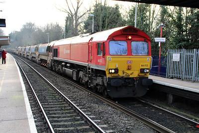 66152 'Derek Holmes Railway Operator' 1453/6v27 Eastleigh-Hincksey passes Reading West.