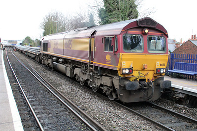 66185 1118/6o26 Hincksey-Eastleigh passing Reading West.