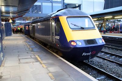 43002 on a Paddington service at Reading.