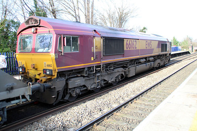 66162 1348/6A69 Theale-Acton passing Reading West.
