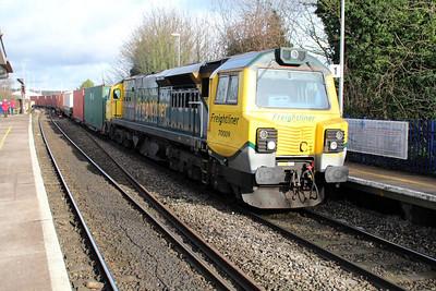 70009 1251/4o51 Wentloog-Southampton passing Reading West.