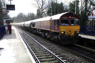 66046 1345/6E55 Theale-Lindsey passing Reading West.
