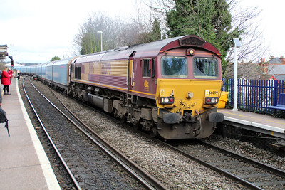 66099 1153/4o40 Cowley-Southampton passing Reading West.