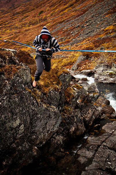 A first fall for Emily, catching the line neatly just before it gets ripped from her fingers by gravity!
