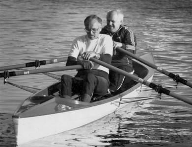 Harald Tvedt Pedersen og Fredrik Haarr, ut fra Strømvik ca 1975
