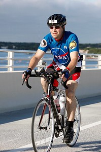 Craig climbs the A. Max Brewer Bridge at the start of the bike course. (Courtesy of Al Larson Photography)