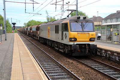 92037 1404/6s51 Carlisle-Mossend passes Holytown 20/06/13.