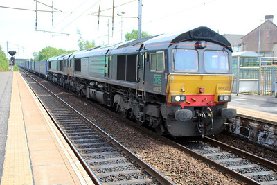 66422_66425 1455/4s43 Daventry-Mossend passes Holytown 20/06/13.