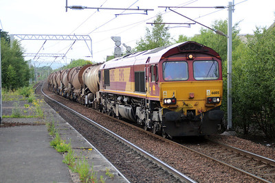 66105 1902/6D84 Aberdeen-Mossend passes Coatbridge 20/06/13.