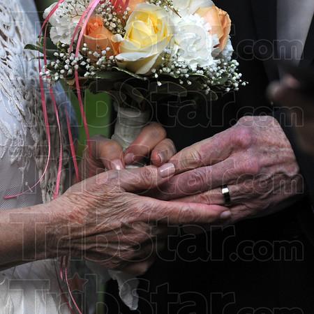 WEDDING DETAL