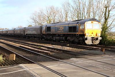 66746 1140/6c09 Immingham-Eggborough passes Hillam Gates crossing.
