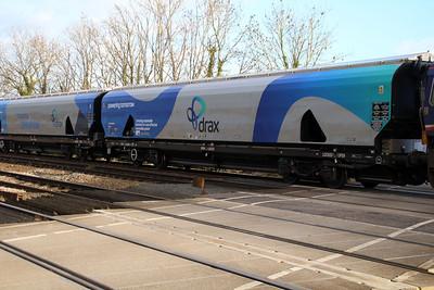 New Biomass Hopper in Drax vinyls 83700698048-1 seen at Hillam Gates crossing.