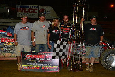 Doug Drown and crew in Victory Lane