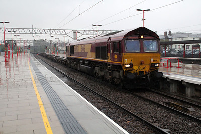 66092 1513/4L56 Trafford Park-London Gateway.