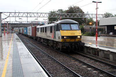 90047 1739/4m88 Felixstowe-Crewe