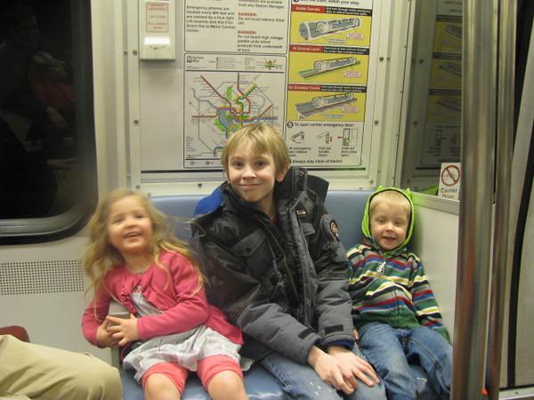 IMG_0183 anna daniel levi metro