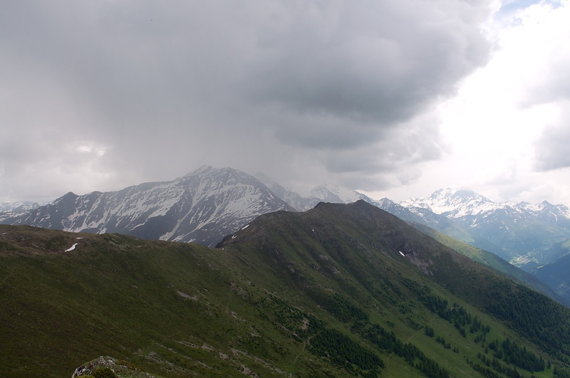 The view from Six Blanc towards Cabane Col du Mille