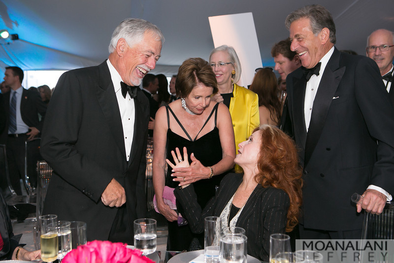 3-1525 ?, Nancy Pelosi, Bonnie Raitt, Paul Pelosi