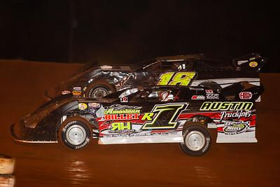 Riley Hickman (R1) and Matt Dooley (18)