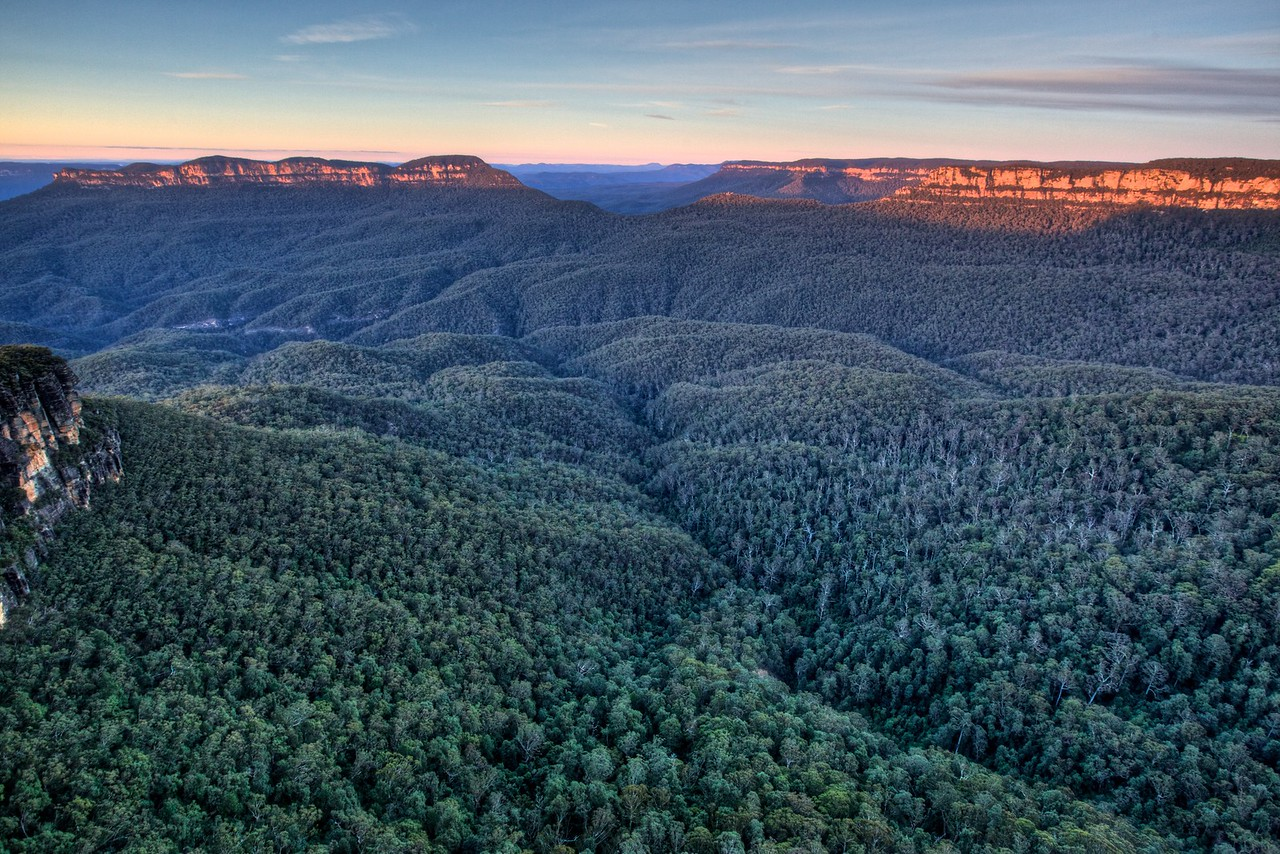 The Blue Mountains from Echo Point.