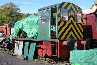 Ind 0-4-0DM 27941 'Aynz' at the Gwili Railway.