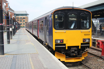 150001 awaits departure at Reading on a Basingstoke working.