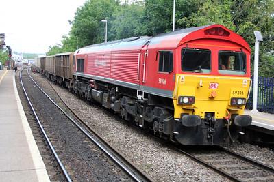 59206 1503/7z20 Grain-Merehead passes Reading West.