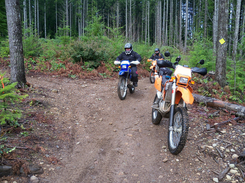 Rachelle and Justin on the Overland Trail