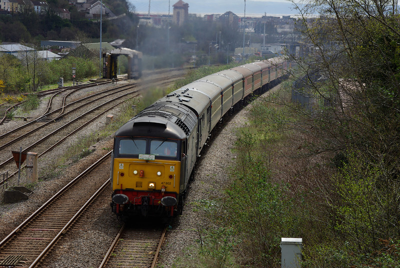 47802 powers out of Swansea working 13:36 Swansea - Landore Loop West Jn coaching stock turning move around the Landore triangle 27/04/13