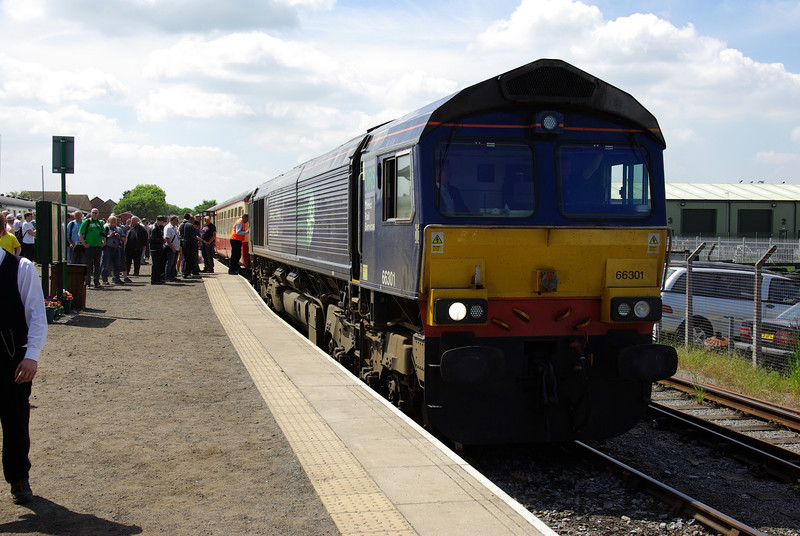 66301 at Leyburn after working the 11:45 from Redmire 08/06/13