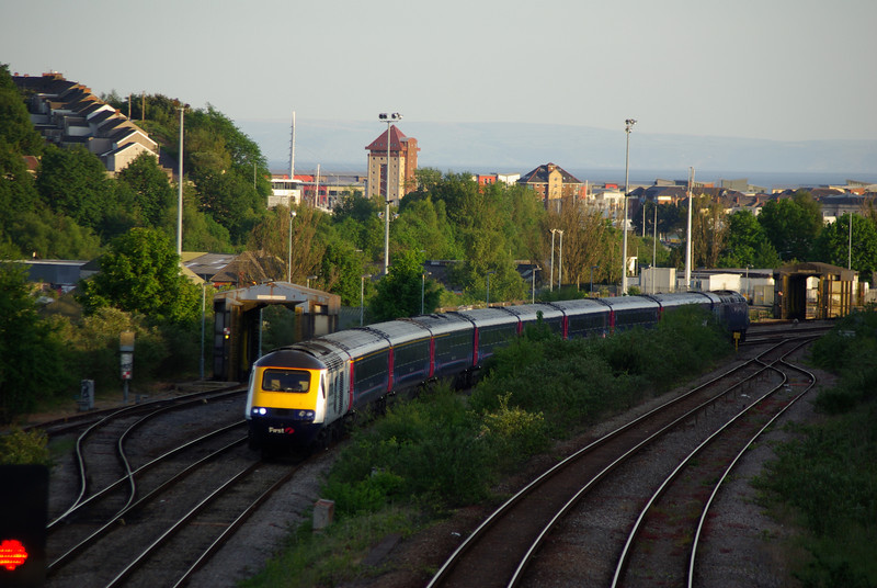43148 + 43053 pass Landore working the 20:28 Swansea - London Paddington 04/06/13