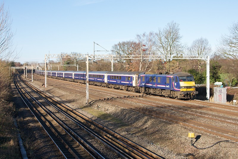 90024 1M16 HDL 28/12/13