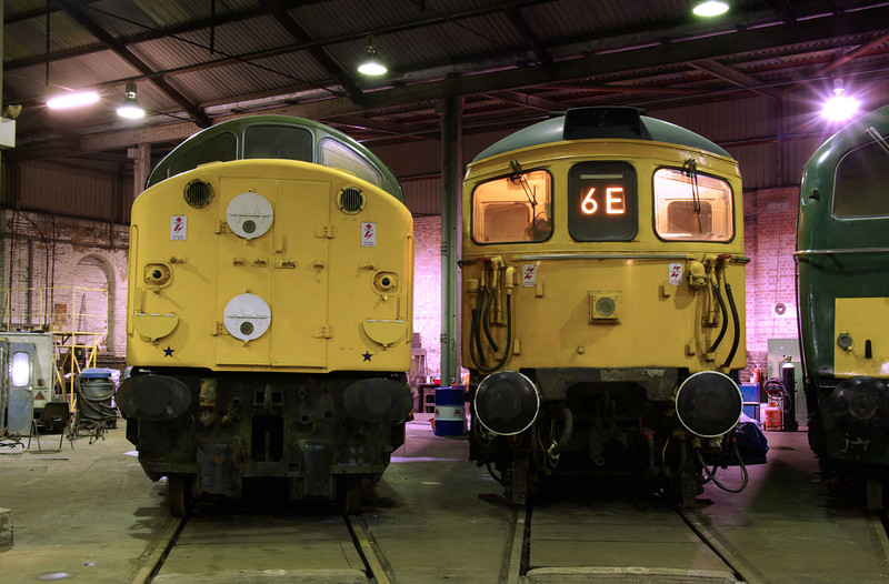 "D213 + 33108 at the  <a href=""http://www.wnxx.com"">http://www.wnxx.com</a> night photoshoot at Barrow Hill Roundhouse 01/02/13"