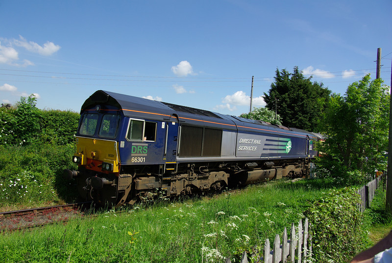 66301 at Finghall Lane 13:00 Leeming Bar - Redmire 08/06/13