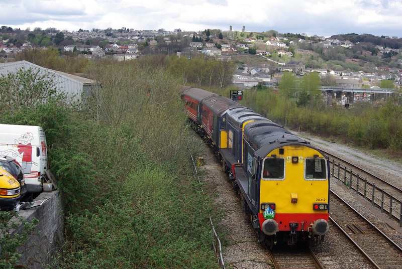 20312+20308 bring up the rear of the 13:36 Swansea - Landore Loop West Jn 27/04/13