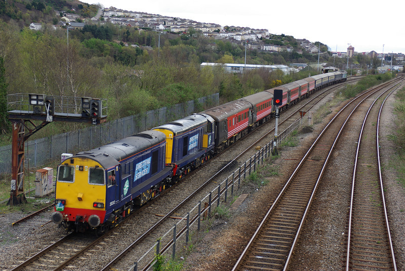 20312+20308 bring up the rear again back into Swansea 27/04/13