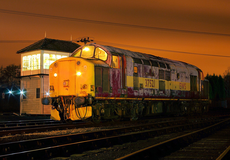 "37521 at the  <a href=""http://www.wnxx.com"">http://www.wnxx.com</a> night photoshoot at Barrow Hill Roundhouse 01/02/13"