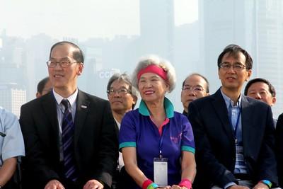 2013-11-16-萬人讚美操國際組 -- 大會、嘉賓