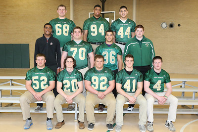 2014-04-29 Seniors to play FB in College