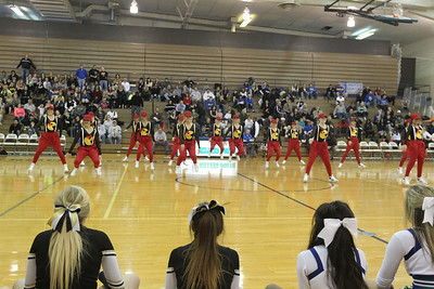 DANCE TEAM AT 1/2 TIME AT MN/BURKE