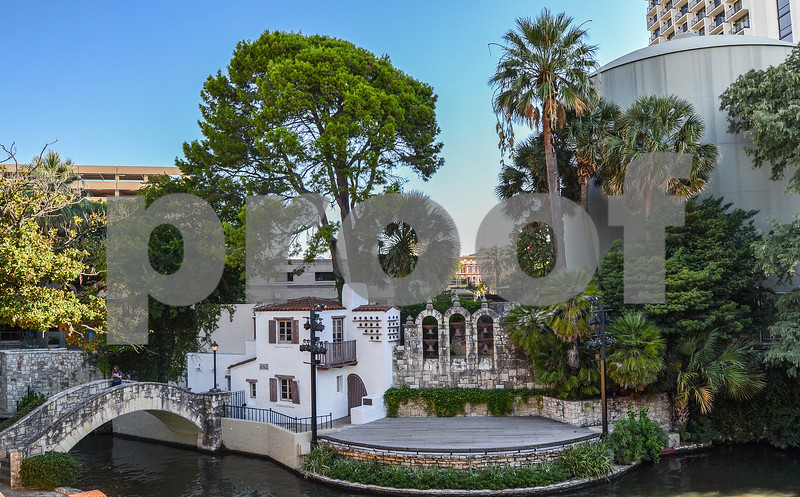 Beginning<br /> Architecture-Cityscape<br /> Areli Acosta<br /> Cole HS<br /> San Antonio, TX<br /> Brenda Marafioto