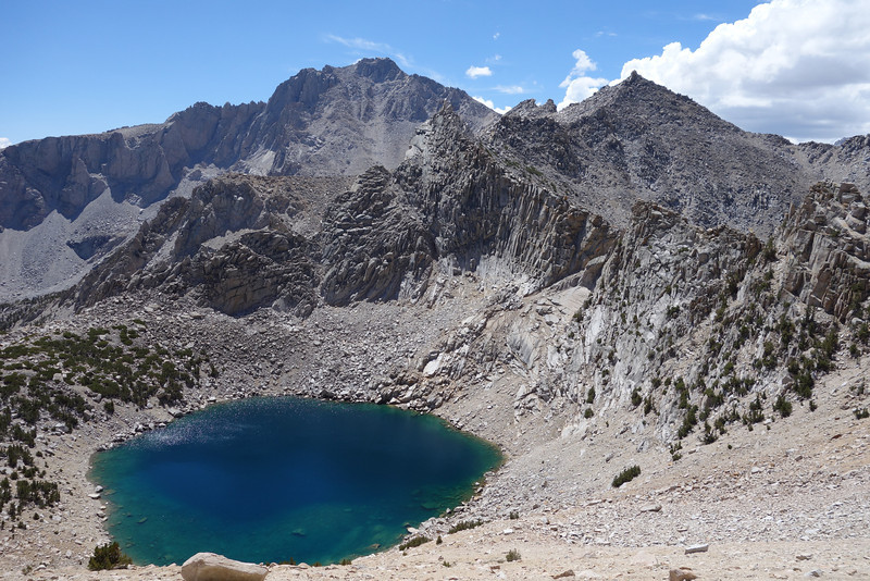 Pothole Lake just below Kearsarge Pass