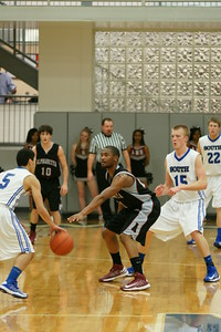 010813 AHS Varsity Mens BB vs South Forsyth 013