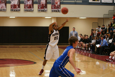 020113 AHS Varsity Mens BB vs South Forsyth 008