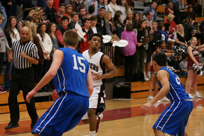 020113 AHS Varsity Mens BB vs South Forsyth 007