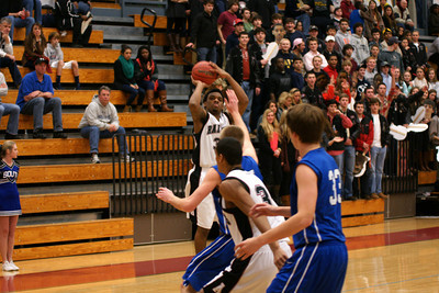020113 AHS Varsity Mens BB vs South Forsyth 005