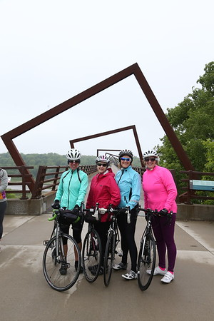 """The 2017 """"Pigtails"""" RIde  Group Photographs"""