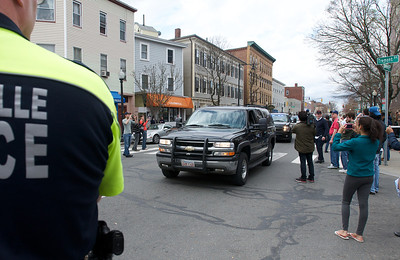 041913, Cambridge, MA - A caravan of unmarked vehicles bring FBI SWAT team members through the intersection of Cambridge and Tremont Streets.  Photo by Ryan Hutton
