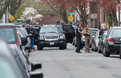 041913, Cambridge, MA - FBI agents arrive on the scene at Norfolk Street where the Boston Marathon bombing suspects allegedly live. Photo by Ryan Hutton