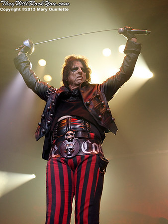 Marilyn Manson and Alice Cooper bring Monsters of Madness Tour to Mohegan Sun Arena in Uncasville, CT on June 21, 2013